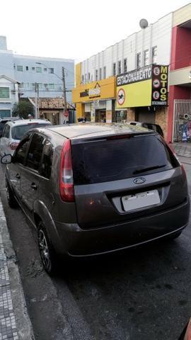 Fiesta 1.0 2004 + acessórios (carro completo) - Foto 4