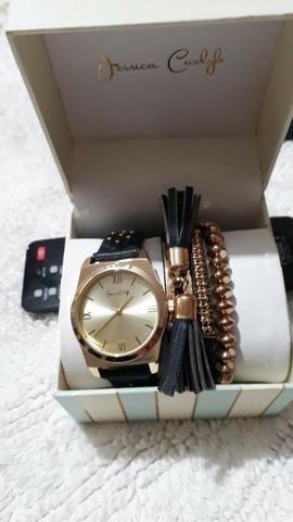 76b10f9f2 Lindo Relógio Feminino importado Marca Jessica Carlile e Óculos Fóssil