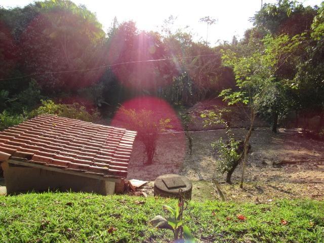 Caetano Imóveis - Sítio com 3.000m², com casa sede de 3 quartos e muito verde (confira!) - Foto 10