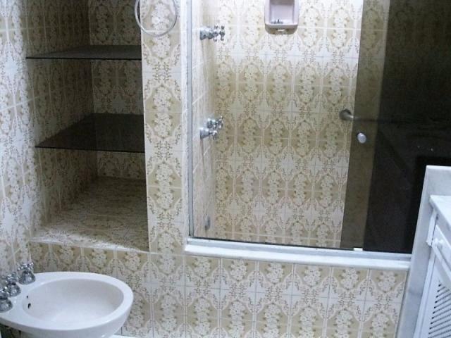 Apartamento impecável na excepcional e tranquilíssima Rua Barão de Jaguaripe !! - Foto 9
