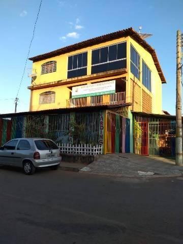 Casa de três andares