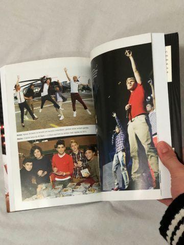 Livro Biografia do One Direction - Foto 4