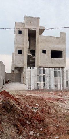 Sobrado tríplex em condomínio - Fazendinha - R$ 530.000,00 - Foto 2