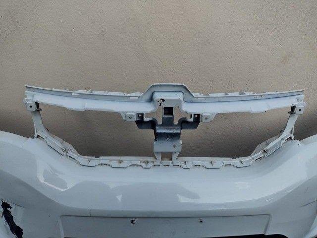 Parachoque dianteiro Renault Kwid original usado  - Foto 3