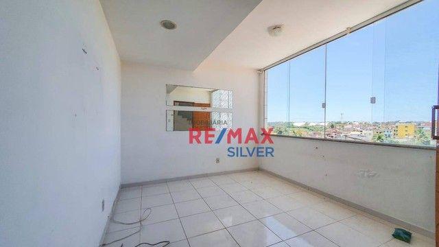 Apartamento com 3 Quartos em Itapuã - - Foto 2