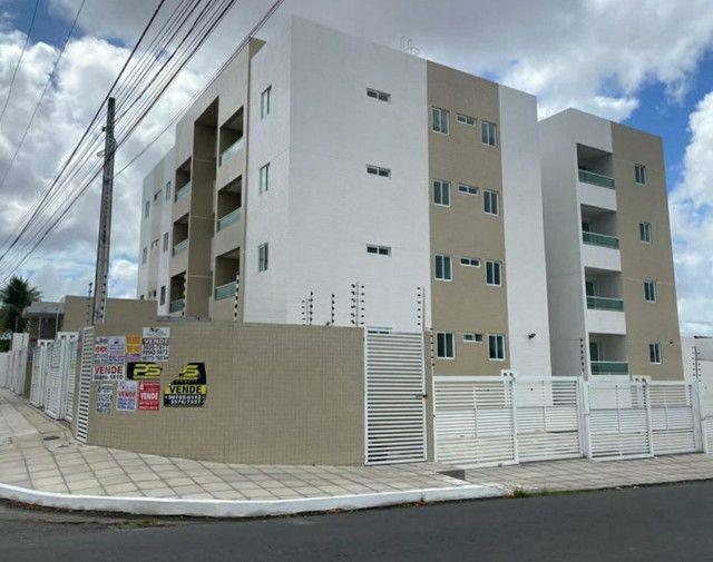 Apartamento no CRISTO, com Elevador,doc inclusa