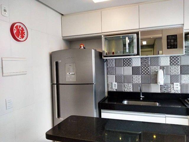 OPORTUNIDADE - Lindo apartamento 2 quartos com suíte - Armários planejados em Abrantes, Ca - Foto 11