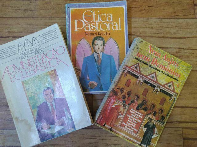 Kit Livros Cristãos 10 reais - Foto 4