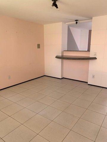 Aluga-se duplex em condomínio fechado no Bairro Lagoa Seca, próximo as faculdades. - Foto 3