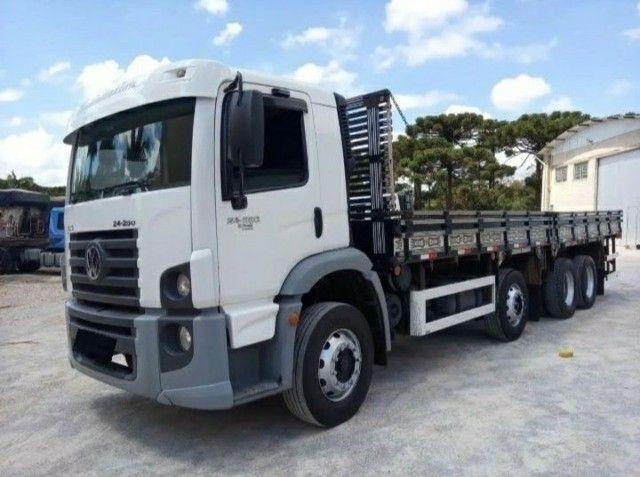 Caminhão Carroceria Volkswagem 24250 / 2012
