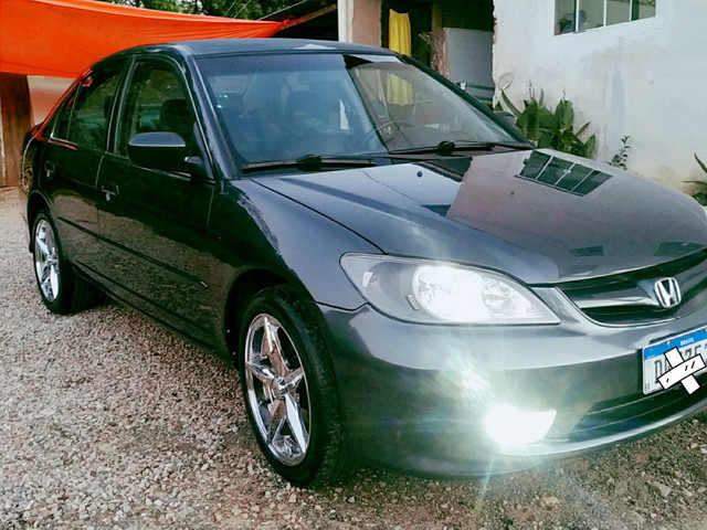 Vendo Honda Civic completo ano 2005 2006.  R$19.900,00