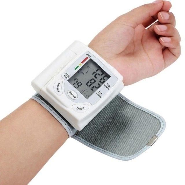 Medidor De Pressão Arterial Digital Com Display Lcd / Pulso / Medidor De