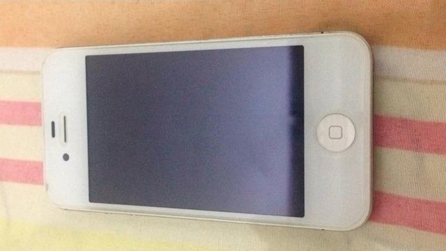 IPhone 4s 8g leia o anúncio
