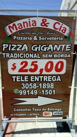Pizza gigante 25 reais
