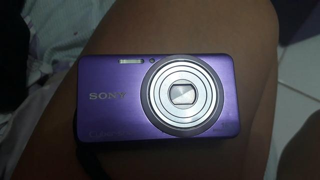 Câmera fotográfica sony!!