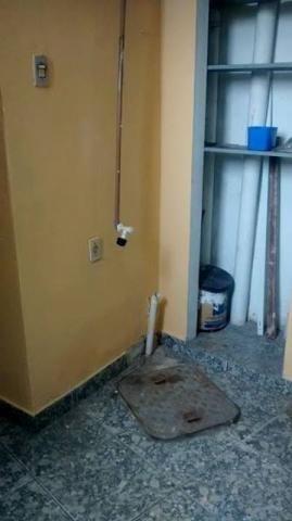 Brás de Pina - Apartamento tipo casa sala/1 quarto