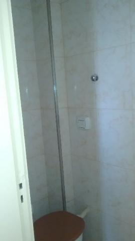 Penha Apartamento sala/2 quartos com dependência