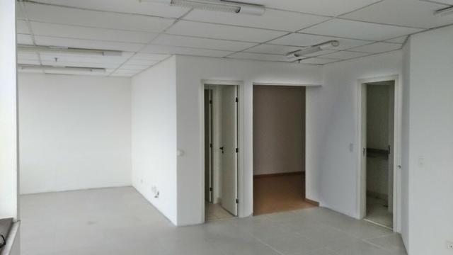 Sala Comercia 70 m²/ Ed. Helbor Tower/Centro - Foto 5