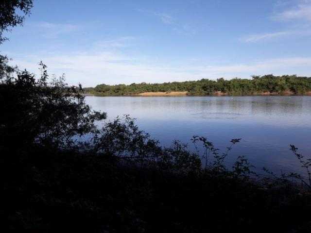 Vende-se uma chácara na beira do rio Cuiabá - Foto 3