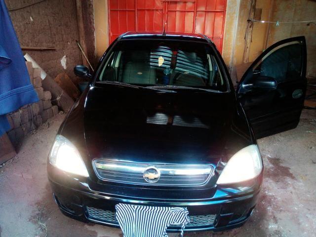 Corsa Hatch 4 portas 1.4 flex negro - Foto 2