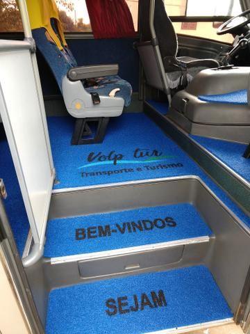 Tapete personalizado para ônibus e vans