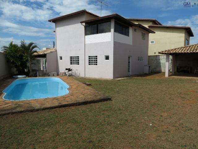 Casa a venda / Condomínio Jardim Europa II / 04 Quartos / Suíte / Churrasqueira / Piscina