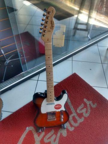 Guitarra Squier Telecaster Affinity (Mixer Instrumentos Musicais)