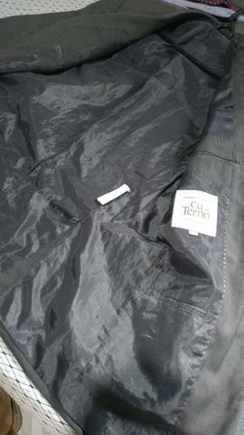 Vende-se: 2 Blazers ( Preto e Cinza ) , 1 Terno + 2 duas gravatas - Foto 6