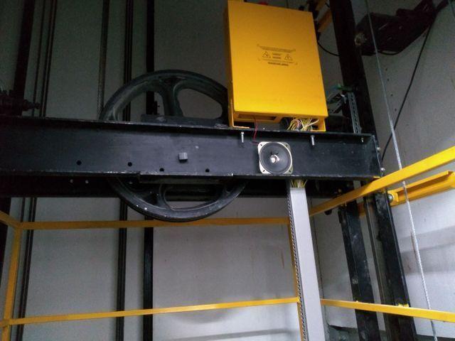 Montagem e manutenção de elevadores - Foto 4