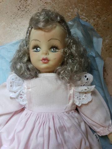 Vendo lindas bonecas porcelana - Foto 2