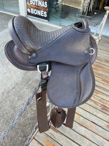 Selas e arreios para montaria em cavalos traias  - Foto 4