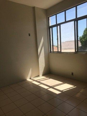 Aluga-se apartamento no centro de Juazeiro do Norte. - Foto 4