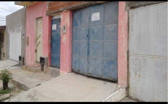 Casa para vender logo preço negociável, aceitou carro no negócio  - Foto 7