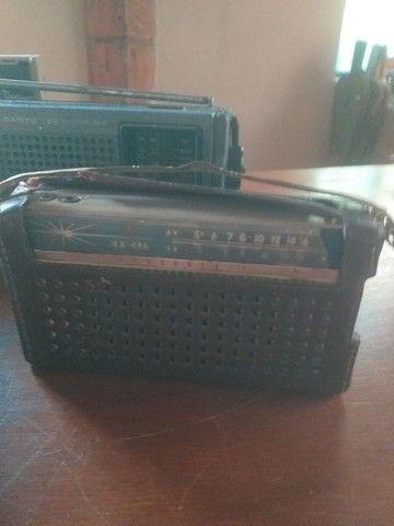 Lote de radios e gravador antigo, 4 peças  - Foto 3