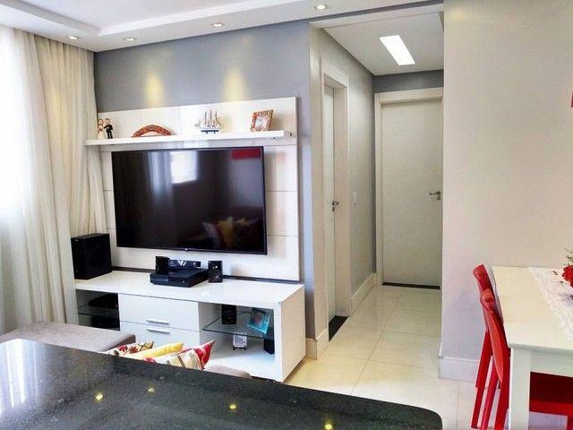 OPORTUNIDADE - Lindo apartamento 2 quartos com suíte - Armários planejados em Abrantes, Ca - Foto 4