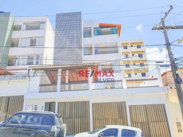 Apartamento com 3 Quartos em Itapuã - - Foto 18