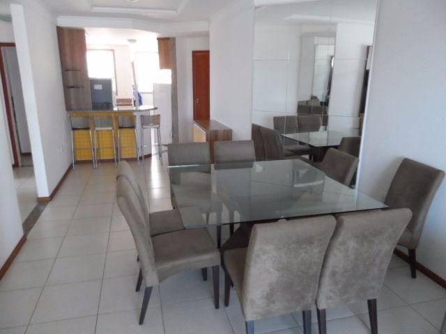 Apartamento finamente decorado 3 quartos, 100 m2 no melhor ponto da Praia do Morro, Guarap