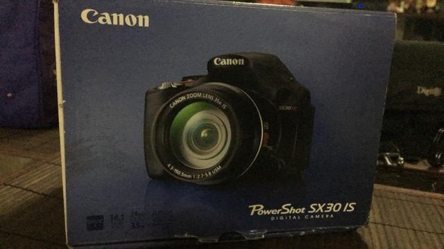 Canon semi profissional SX30 IS
