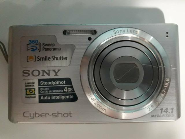 Câmera digital Sony.