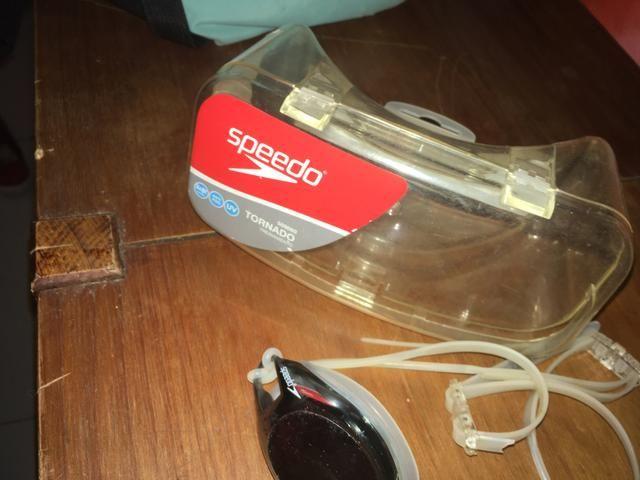 Oculos de Nataçao