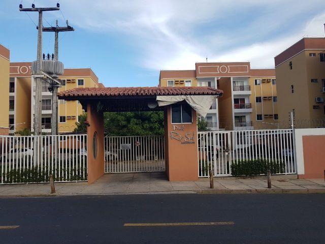 Apto Cond. Park Rio Sol na Zona Leste