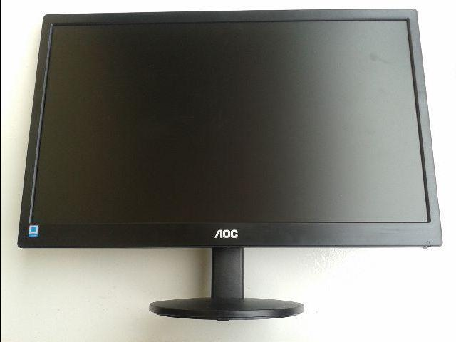 Monitor Aoc Led 18.5´HD Widescreen Ultra High Dcr Osd Vga E970SWnl Preto