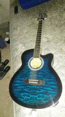 Excelente violão elétrico
