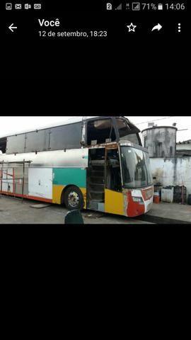 Ônibus batido