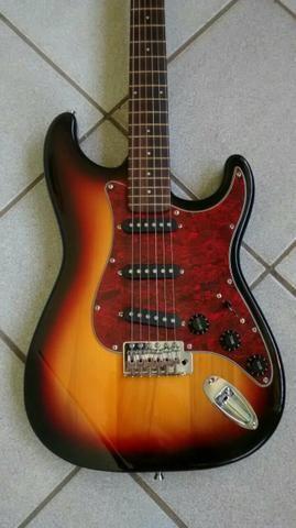 Guitarra Giannini só 380 Reais