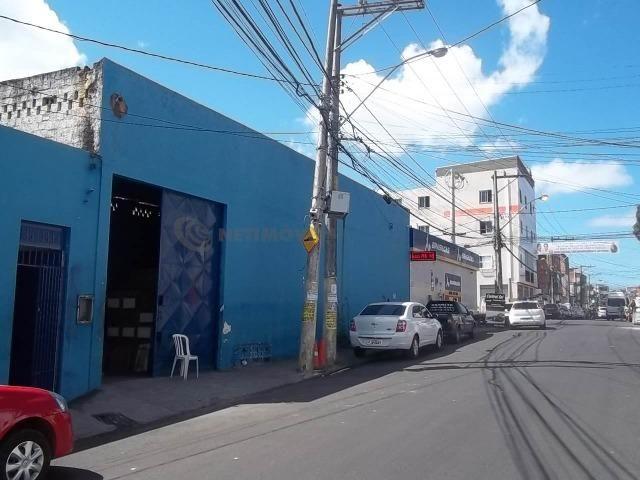 Lojão com Área de 180 m² para Aluguel no Caminho de Areia (767904) - Foto 12