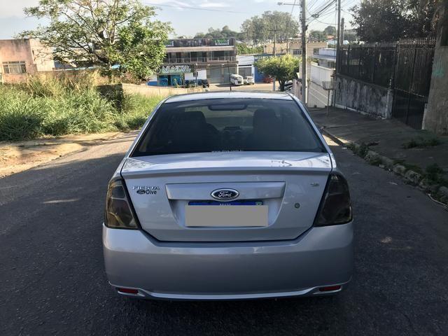 Fiesta Sedan 1.6 - 2014 _ 2 MIL de entrada _ Completo _ 62 km - Foto 2