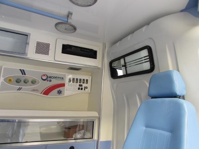 Renault Master Ambulância L1H1 - Foto 11