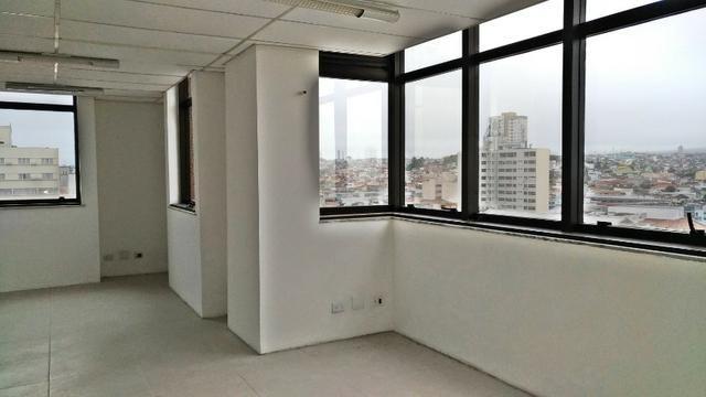 Sala Comercia 70 m²/ Ed. Helbor Tower/Centro
