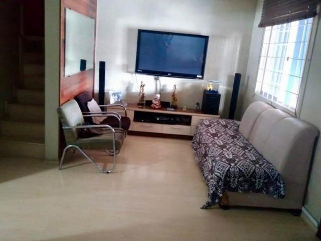 Sobrado em condomínio para venda no bairro Xaxim - Curitiba - PR - Foto 2